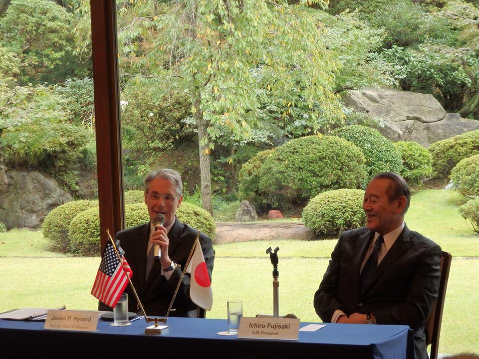 ジェイソン・ハイランド米国大使館首席公使を迎えて